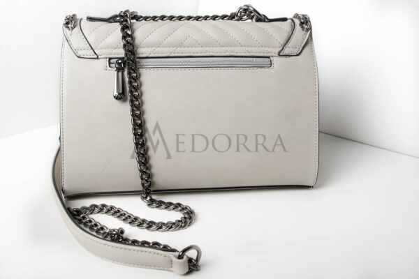 grey bag with chain 4