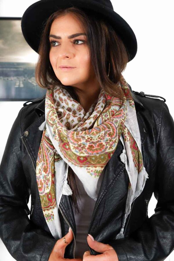 light gray scarf with fringes 1